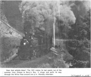 Photo of Canadian Pacific Engine #1201 as it makes it's way through the Wilno Pass 1978. Pearl Murack Collection.