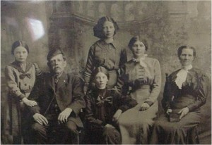 unidentified family photo 4